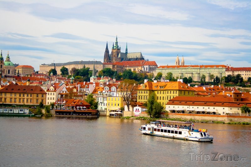 Fotka, Foto Řeka Vltava a Pražský hrad (Česká republika)