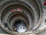 Točité schody ve Vatikánském muzeu