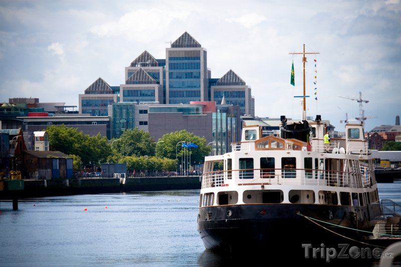 Fotka, Foto Trajekt v dublinském přístavu (Dublin, Irsko)