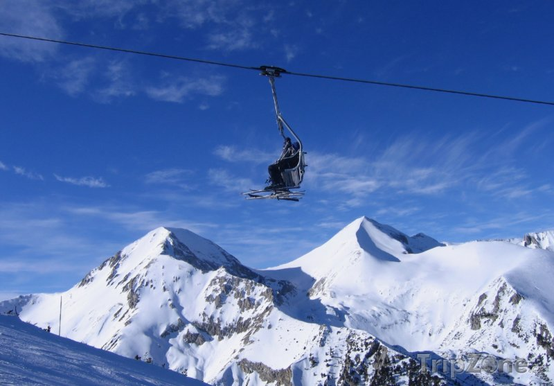 Fotka, Foto Vlek v lyžařském středisku Bansko (Bulharsko)