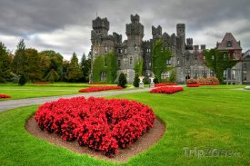 Zahrady hradu Ashford v hrabství Galway