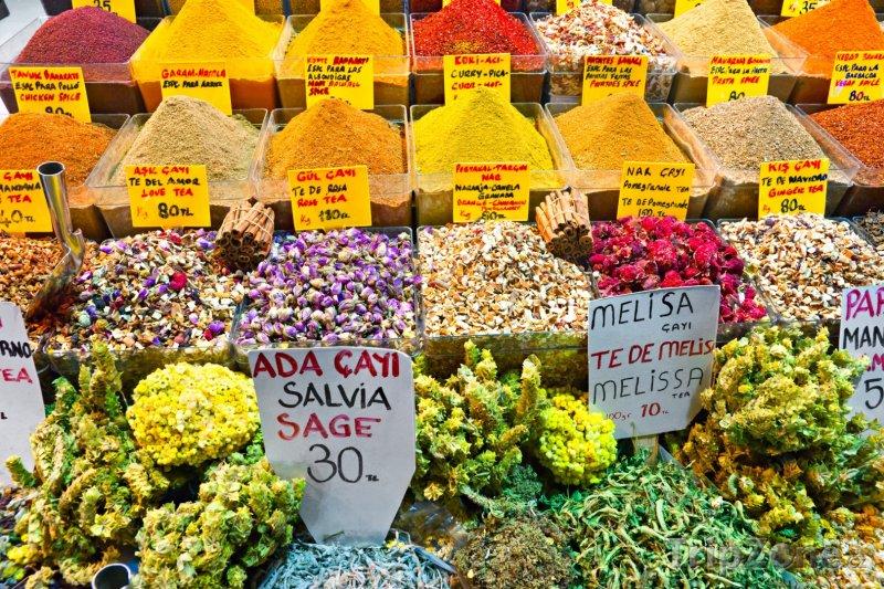 Fotka, Foto Bazar s kořením a ingrediencemi (Istanbul, Turecko)