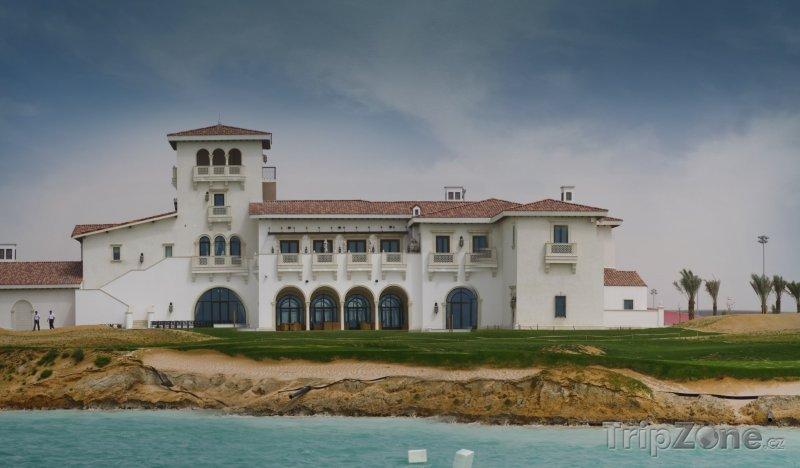 Fotka, Foto Golfový resort Aldar's Golf Links (Abú Dhabí, Spojené arabské emiráty)