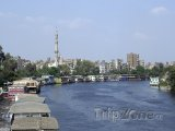 Hausboty na břehu Nilu