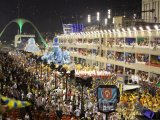 Karnevalový průvod na Sambodromu