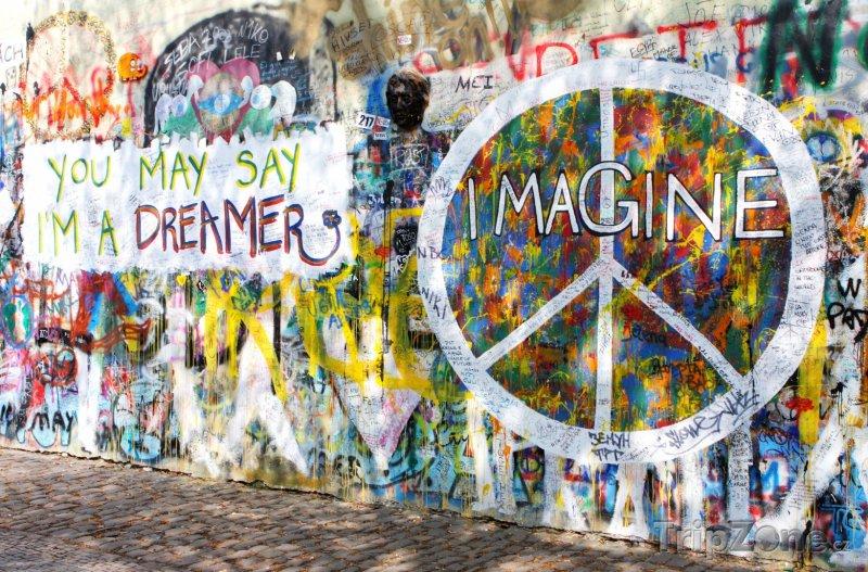 Fotka, Foto Lennonova zeď na Malé Straně (Praha, Česká republika)
