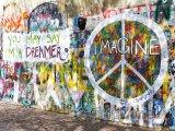 Lennonova zeď na Malé Straně