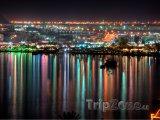 Letovisko Naama Bay v noci