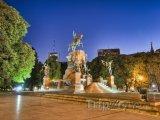 Monument General San Martín