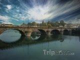 Most přes řeku Pád