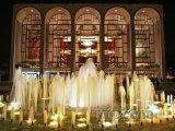 New York, budova Metropolitan Opera House v Lincoln Center