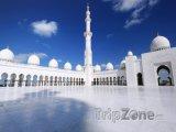 Pohled do mešity Sheikh Zayed