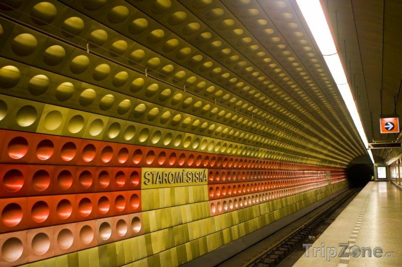 Fotka, Foto Praha, stanice metra Staroměstská (Praha, Česká republika)