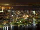Rio de Janeiro - pohled na město v noci