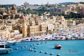Valletta, pohled na přístav a město