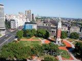 Věž na náměstí Plaza San Martin