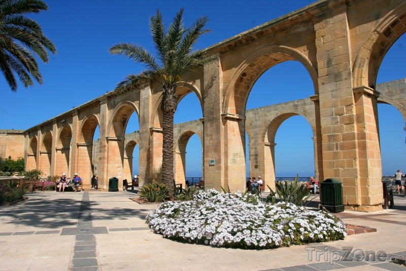 Fotka, Foto Zahrada Barrakka ve Vallettě (Malta)
