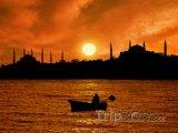 Západ slunce nad Istanbulem