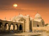Západ slunce nad mešitou