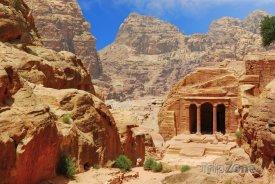 Chrám ve skalním městě Petra