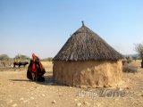 Chýše v himbské vesničce