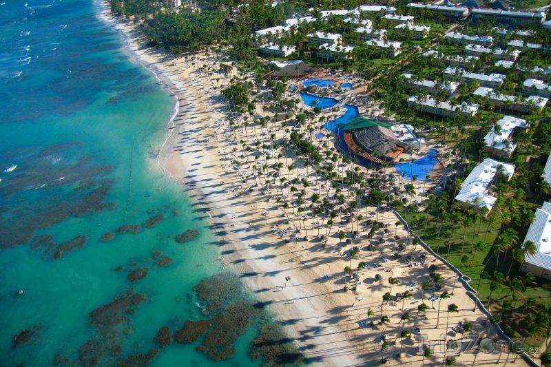 Fotka, Foto Hotelový resort z vrtulníku (Dominikánská republika)