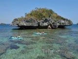 Kajaky u Hundred Islands