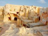 Královské hrobky
