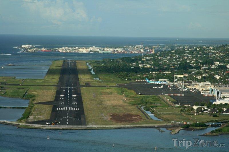 Fotka, Foto Letiště na Tahiti (Francouzská Polynésie)