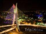 Most Octávio Frias de Oliveira v noci