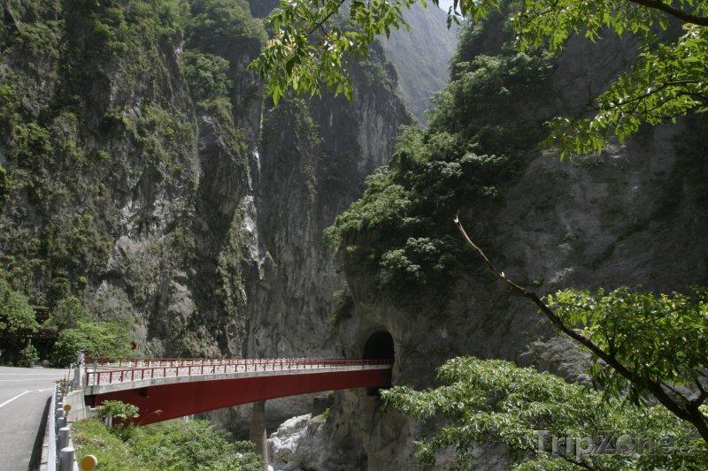 Fotka, Foto Most v Národním parku Taroko (Tchaj-wan)