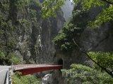 Most v Národním parku Taroko