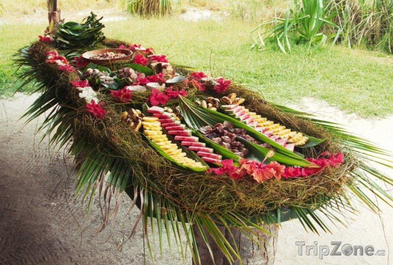 Fotka, Foto Oběd na Bora Bora (Francouzská Polynésie)