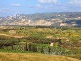 Panoráma údolí u řeky Jordán
