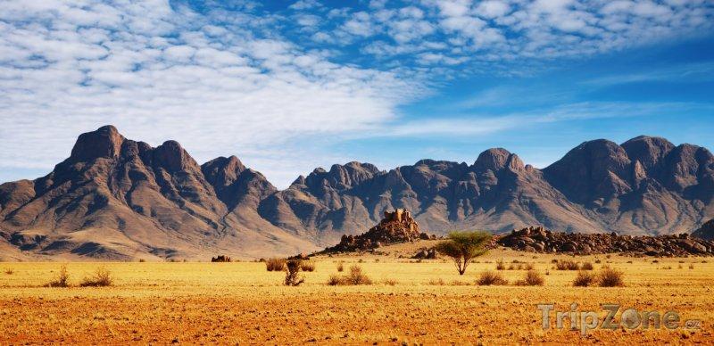 Fotka, Foto Skály v poušti Namib (Namibie)