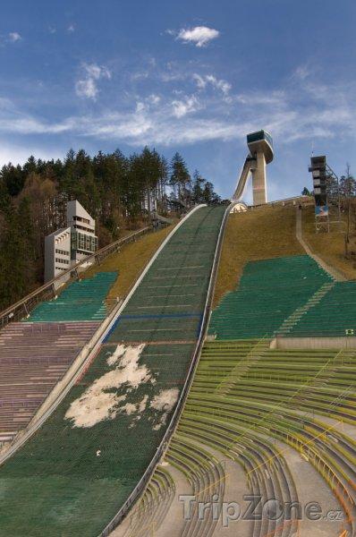 Fotka, Foto Skokanský můstek v Bergiselu (Innsbruck, Rakousko)