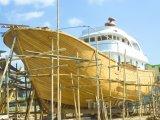 Stavba lodi