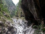 Tunel Devíti zatáček v parku Taroko