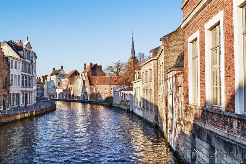 Fotka, Foto Kanál ve městě Bruggy (Belgie)