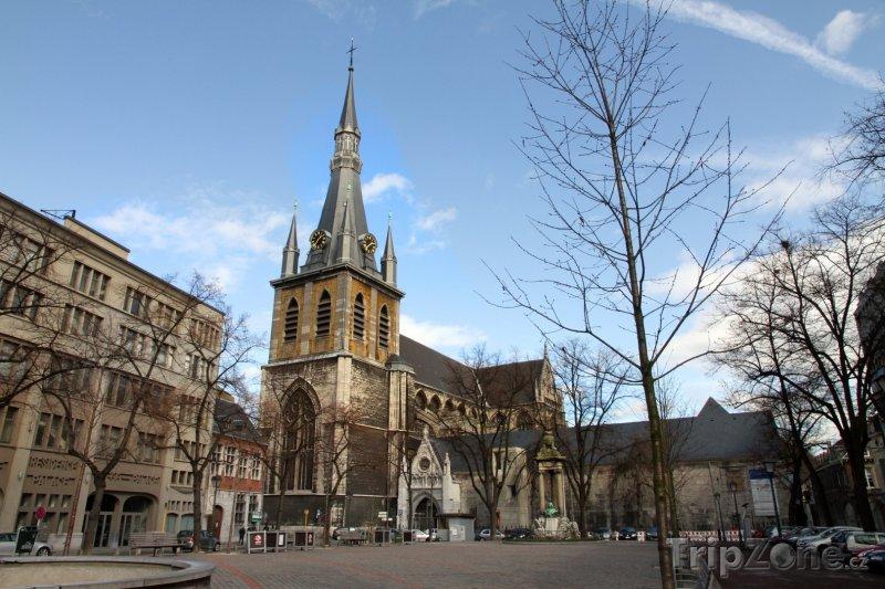 Fotka, Foto Katedrála St. Lambert v Lutychu (Belgie)