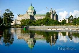 Katedrála ve městě Galway
