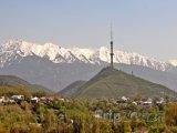 Komunikační věž na kopci Kok Tobe