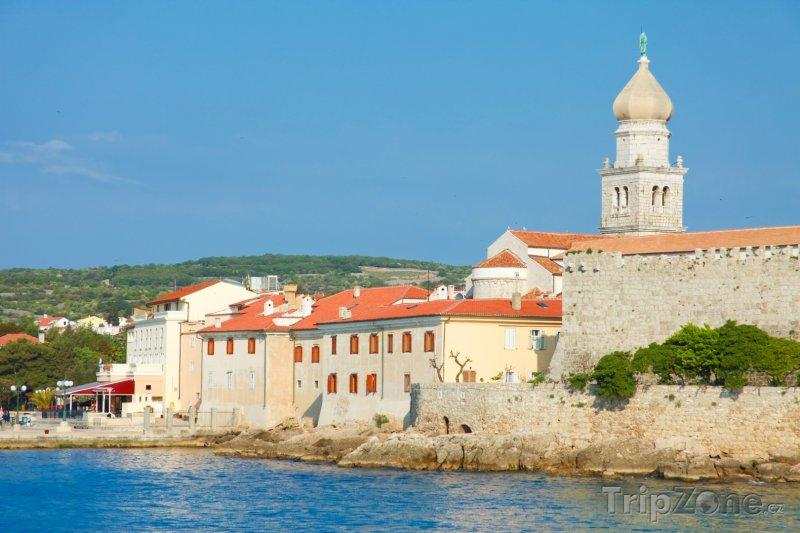 Fotka, Foto Kostel ve městě Krk (Krk, Chorvatsko)