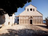 Kostel ve městě Rab
