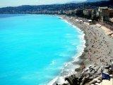 Nice, pláž Centenaire na Anglické promenádě