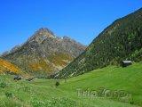Pohled na horské údolí