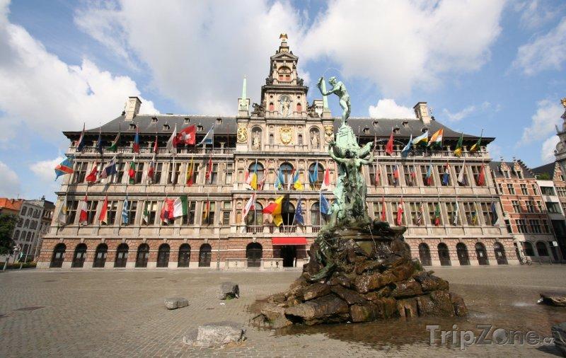 Fotka, Foto Radnice na náměstí Grote Markt (Belgie)