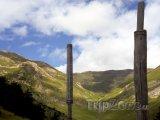 Totemy u hory Cassamanya