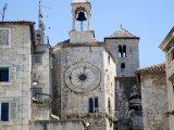 Věž s hodinami