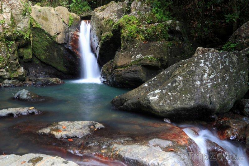 Fotka, Foto Vodopád La Mina v pralese El Yunque (Portoriko)